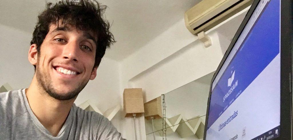 Samuel y su ordenador
